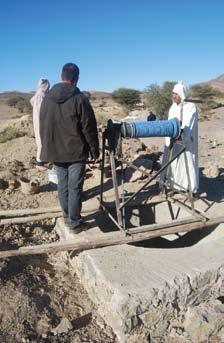 Figura 4. Vista de una chimenea de una khettara en construcción realizada por CERAI.