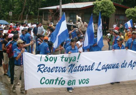 Figura 8. Manifestaciones en contra de la urbanización indiscriminada de la Reserva Natural y a favor de la aprobación de regulaciones sobre uso del suelo.