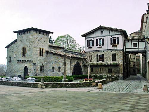 Figura 18. Plaza del Caballo Blanco (Pamplona)